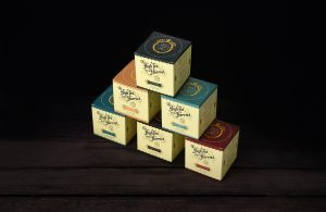Pack photography of 6 Stacked boxes of Tea